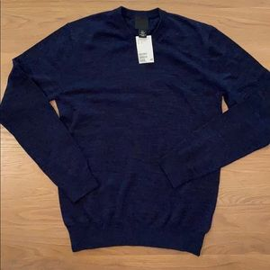 Lightweight cotton knit NWT H&M men's sweater.